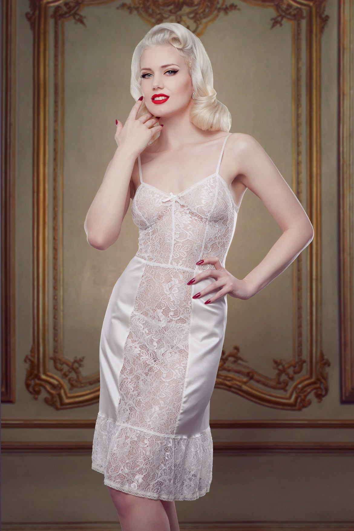 Betty Bridal Nell Dress Slip Photography - Iberian Black Arts Model - Frankii Wilde