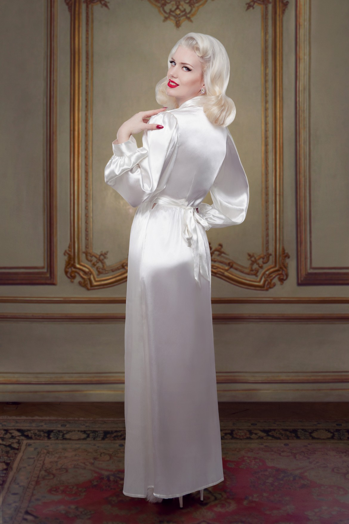 Bridal Bettie Robe in Ivory Silk - £500
