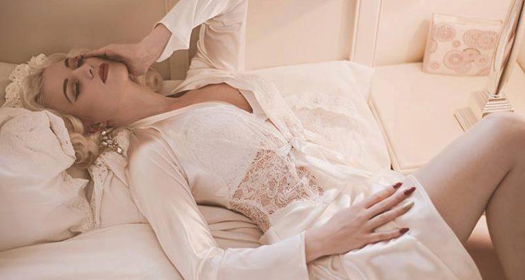 Wedding Wednesday: Bridal Robes