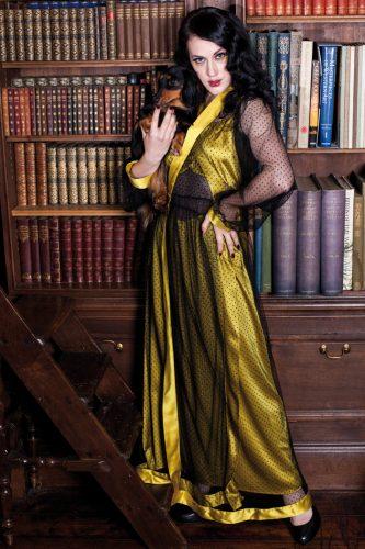 Agatha Robe2